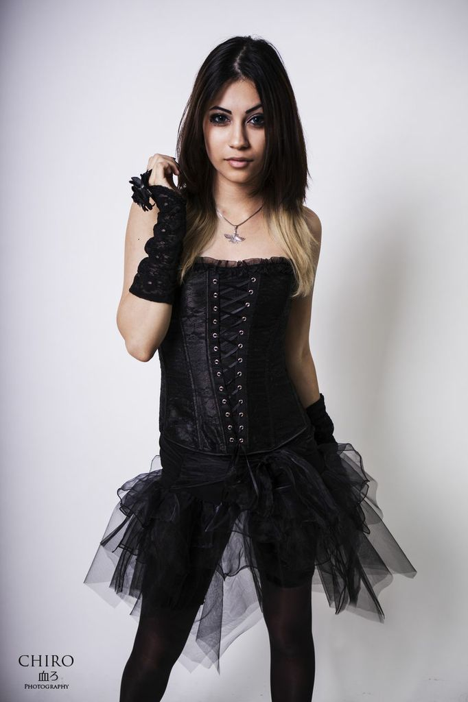 SaSa Vocalist of Visual Kei-band Avalinity KinNoKarasu